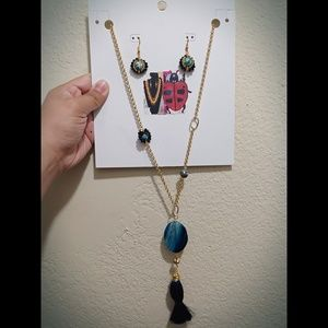 Pendant Necklace with earrings